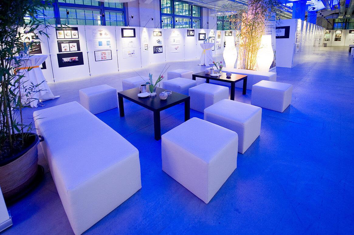 emotion-company-Referenz-Lounge Atmosphaere